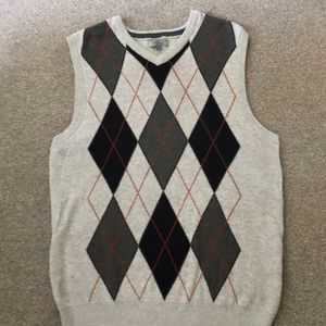 Men's Sweater Vest, grey /black argyle diamond .